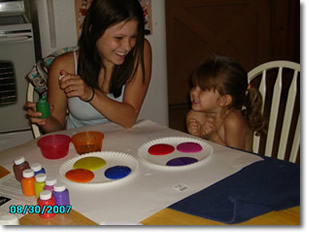 Britene and Raven Fingerpainting